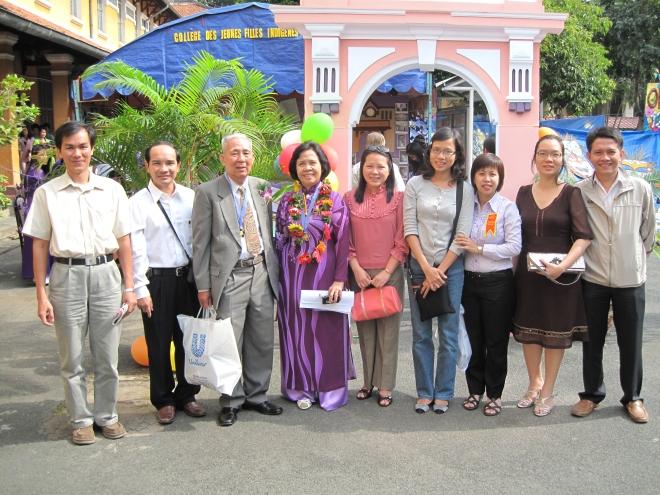 Về thăm trường cũ nhân kỷ niệm 95 năm Trường Gia Long/Minh Khai